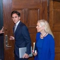 Assolta l'ambasciatrice svedese accusata di aver collaborato con la Cina nel caso dei...