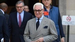 Trump concede la grazia al suo ex consigliere Roger Stone