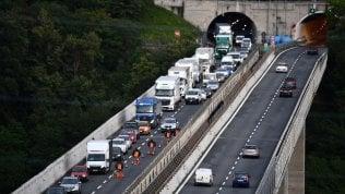 Autostrade, al via il cda sulla proposta al governo: tariffe e assetto societarioOggi il piano di Autostrade, il nodo indennizzo in caso di revoca di G. PONS e V. PULEDDA