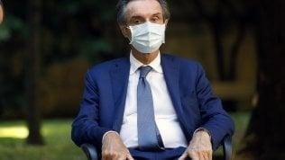 Ipotesi di frode per i 25mila camici mai arrivati alla Regione dalla società del cognato di Fontana