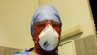 """Lo sfogo dell'infermiere di Cremona: """"Ci risiamo: nuovi pazienti Covid ricoverati, il virus infetta ancora"""""""