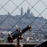 Mascherine e sensi unici nei corridoi: così la Francia tornerà a scuola