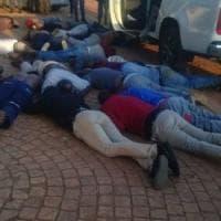Sudafrica, cinque morti in assalto a chiesa pentecostale