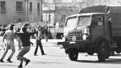 """1970, l'estate del """"boia chi molla"""": storie, voci e misteri della rivolta di Reggio Calabria Podcast - Foto"""