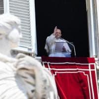 """Il Papa: """"Molto addolorato per Santa Sofia che diventa moschea a Istanbul"""""""