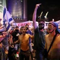Coronavirus, Tel Aviv scende in piazza per chiedere aiuti