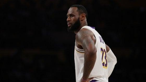 Basket Nba: nessun messaggio sociale sulla maglia di Lebron James