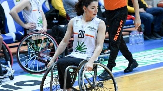 Basket paralimpico, aggressione a sfondo razziale a Beatrice Ion. Il padre la difende e viene ferito