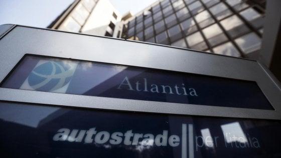 Autostrade, la linea dura di Conte fa crollare Atlantia in Borsa: il titolo perde il 15,19% a Piazza Affari