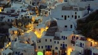 Atene a caccia di pensionati stranieri: tasse al 7% a chi si trasferisce in Grecia