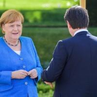"""Incontro Merkel-Conte. Cancelliera: """"Da Italia straordinaria disciplina. Crisi va..."""