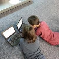 Disuguaglianze digitali: il 12,3% di bambini e ragazzi non ha un pc e internet