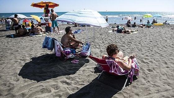 Spiagge, con l'erosione l'Italia perde quasi un miliardo d'euro l'anno