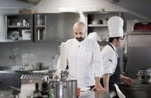 Quindici piatti (anzi 20) per festeggiare i venti anni della cucina di Niko Romito-