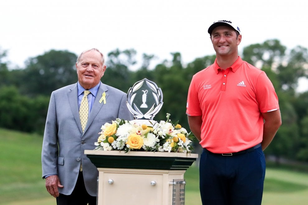 Golf, Jon Rahm vince negli Usa e diventa numero uno del mondo