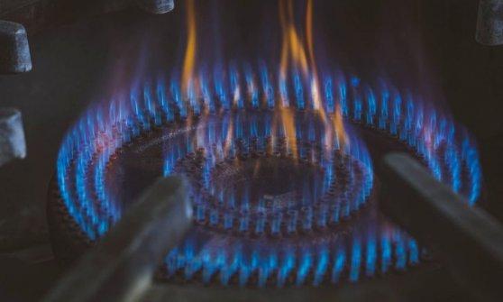 Arera, crescono i consumi di gas. Tensioni sui prezzi