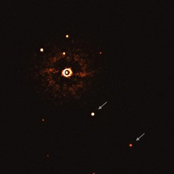 La prima immagine di un fratello Sistema Solare