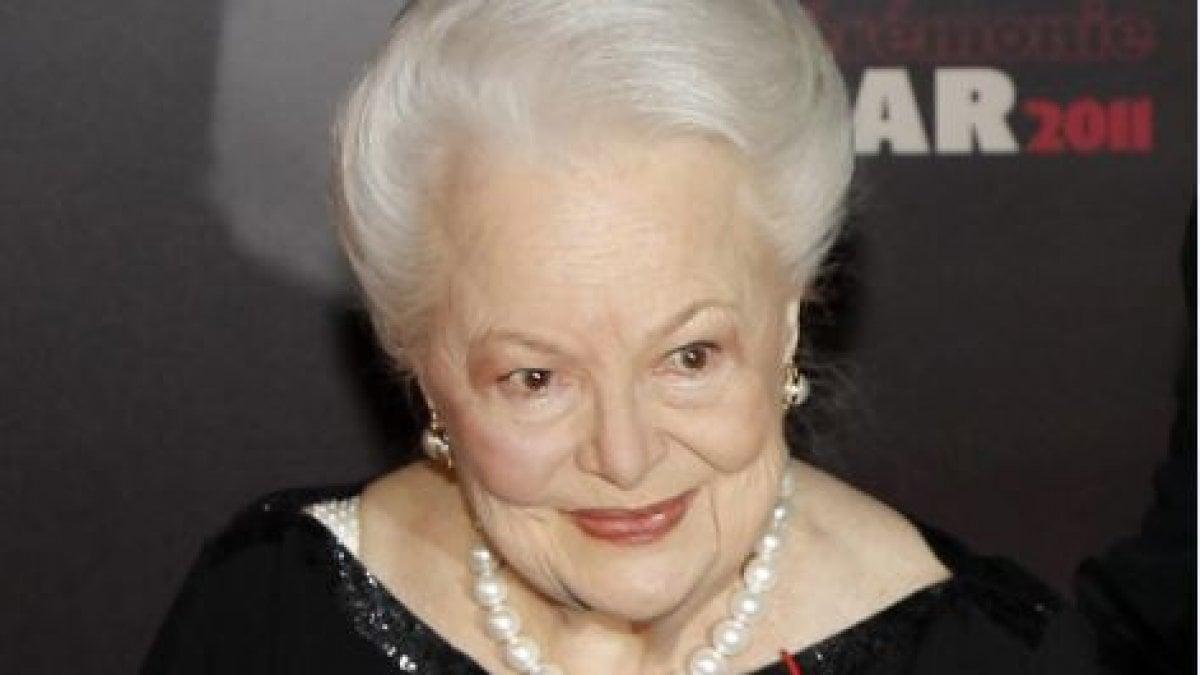 È morta Olivia de Havilland, diva di Hollywood: aveva  104 anni