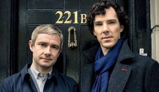 'Sherlock', dieci anni fa la serie con Cumberbatch: la genialità e la pazzia di Holmes ai giorni nostri