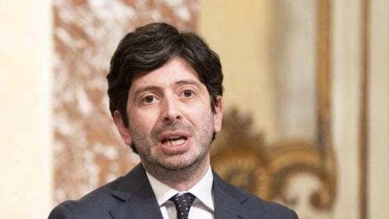 """Speranza su Salvini senza mascherina: """"Non polemizzo, ma misure restano fondamentali"""""""