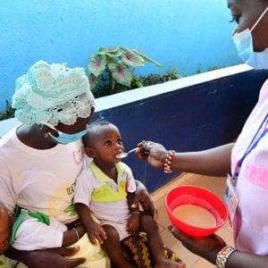 Pandemia e malnutrizione: il virus mette a rischio più di sei milioni di bambini sotto i 5 anni