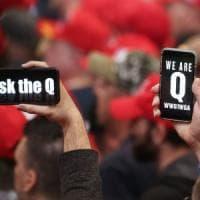 QAnon, il cospirazionismo americano sta mettendo radici in Italia