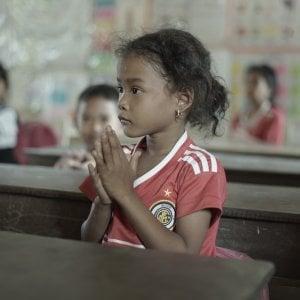 Tratta di esseri umani, vittime 12 milioni di bambine e bambini: sfruttati sessualmente, sul lavoro, e per il prelievo di organi