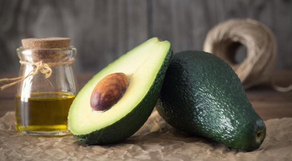 Tra sushi, toast e guacamole, il mondo celebra l'avocado