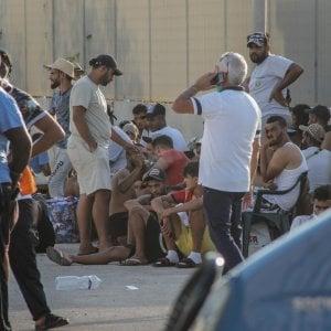 Consulta, illegittimo escludere dall'anagrafe i richiedenti asilo