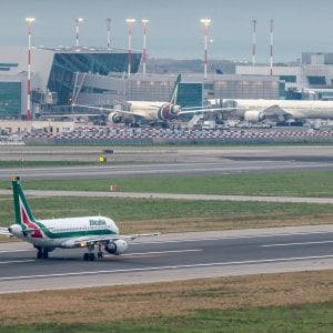 Alitalia e Volotea cambiano dopo i procedimenti Antitrust: sì ai rimborsi per voli cancellati