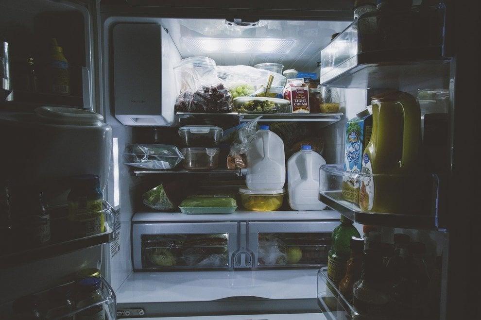 Sostenibilità, dalla tv al frigo: 10 cose da non fare