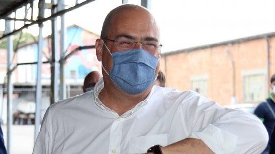 """Pd, Zingaretti a Salvini: """"Ci sono scellerati che per farsi pubblicità si tolgono la mascherina"""""""