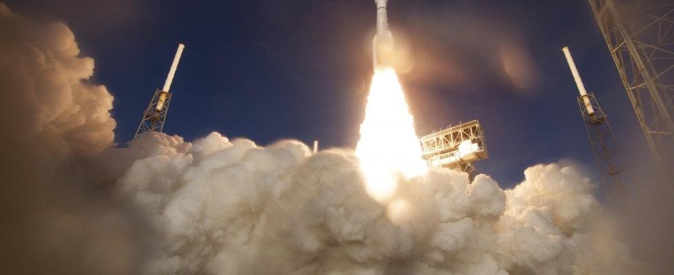 Risolti i problemi della sonda americana Mars 2020, il viaggio verso Marte continua