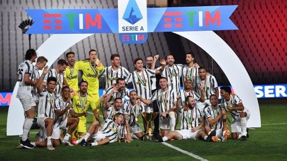 Juventus Roma 1 3 Nella Notte Della Festa Non Basta Higuain Kalinic E Perotti Regalano Ai Giallorossi La Prima Volta Allo Stadium La Repubblica