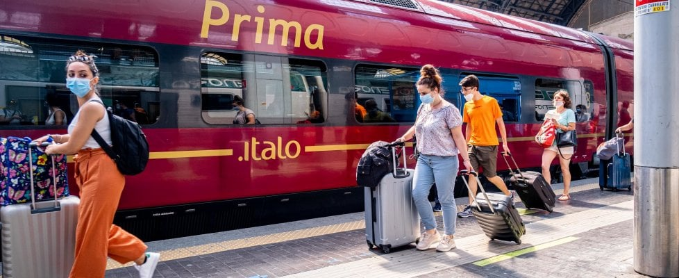 Rimborsi e cambi di orario, i diritti di chi deve partire in treno. Domande e risposte