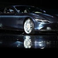 I ricavi di Ferrari scendono del 42% nel secondo trimestre ma il bilancio resta in utile
