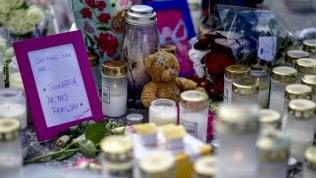 Guerra tra gang rivali: pallottola vagante uccide ragazza di 12 anni