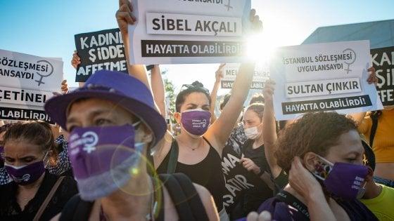 Turchia, la protesta delle donne divide anche la famiglia Erdogan