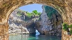 Spiagge, ecco le più isolate e remote: in Italia la n.1 è a Sorrento fototop10