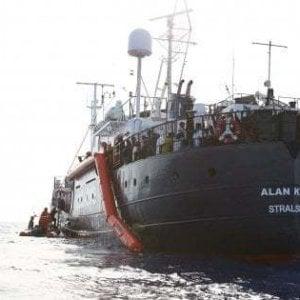 """""""Illegittimo il fermo delle nostre navi"""". Le Ong portano in tribunale il governo italiano"""