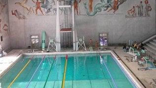 Le piscine roventi di Paolo Barelli