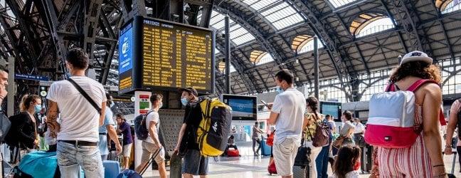I treni, le scuole e la nuova ondata. Tutte le incognite di settembre
