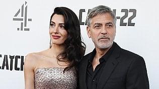 I Clooney donano 100.000 dollari per aiutare Beirut