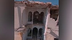 Il drone vola all'interno dei palazzi devastati dalle eplosioni