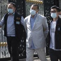 """Hong Kong, arrestato il magnate Jimmy Lai.  Pechino: """"Ha violato la nuova legge sulla..."""