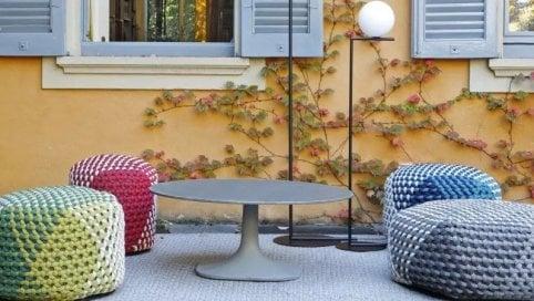 Vacanze in miniatura con i mobili piccoli