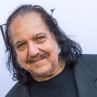 Stati Uniti, anche l'industria del porno ha il suo Weinstein: Ron Jeremy accusato di...