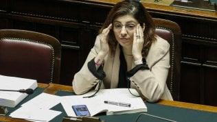 """Castelli: """"Bisognava fare presto. Niente limiti di reddito per non escludere nessuno"""""""