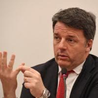 """Covid, Renzi contro Conte: """"Il vaccino sia obbligatorio. Iv lancia raccolta di firme"""""""