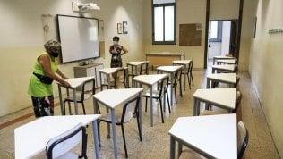 Scuola, i banchi anti-Covid arriveranno dopo l'apertura